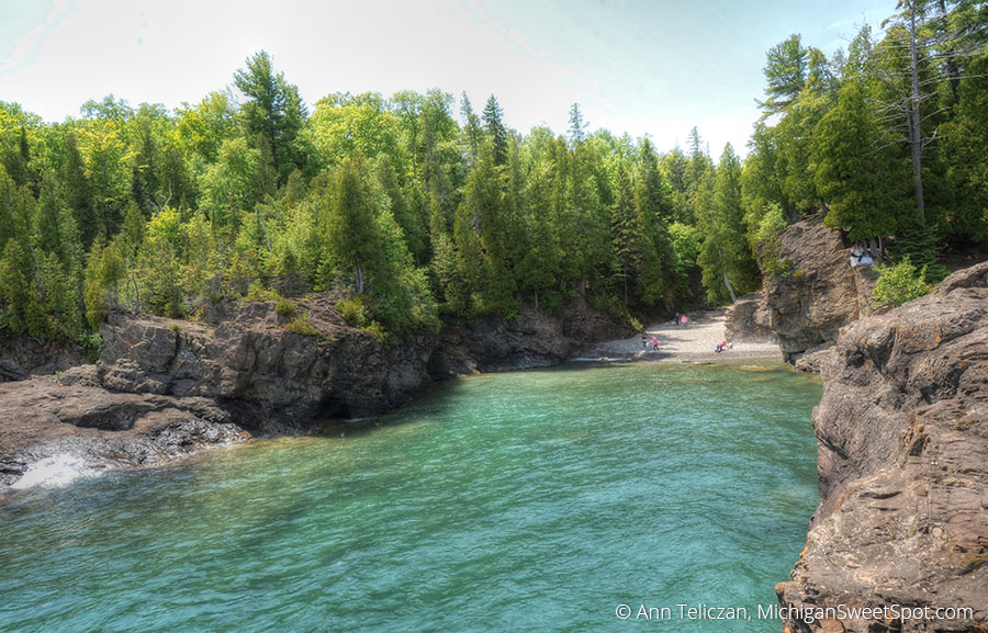 This little cove is at Presque Isle Park in Marquette.